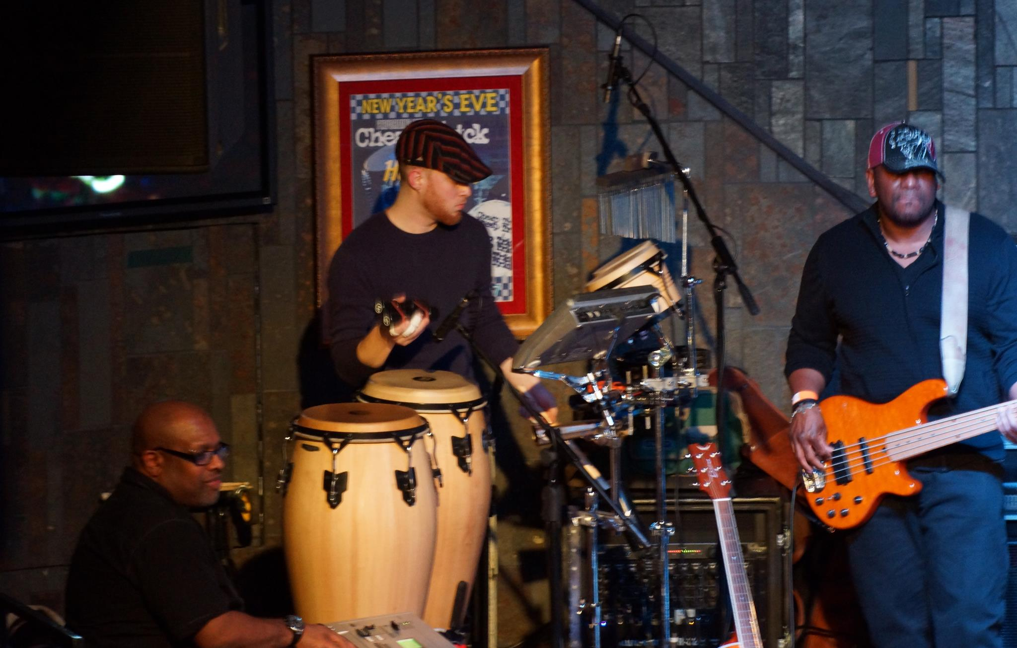 terrence and sean wallace of soulpeople at hard rock cafe chicago backing obi soulstar